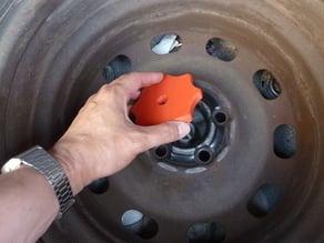 Spare wheel scew - écrou de roue de secours - Golf 4 & +