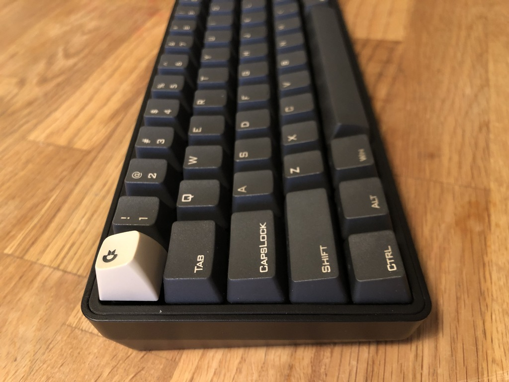 Adapter to put Commodore 64 keycaps on Cherry MX switches by