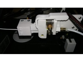 Straight line extruder and sensor