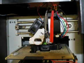 UP Mini extruder mag mount modified to accept a Nema 17 stepper