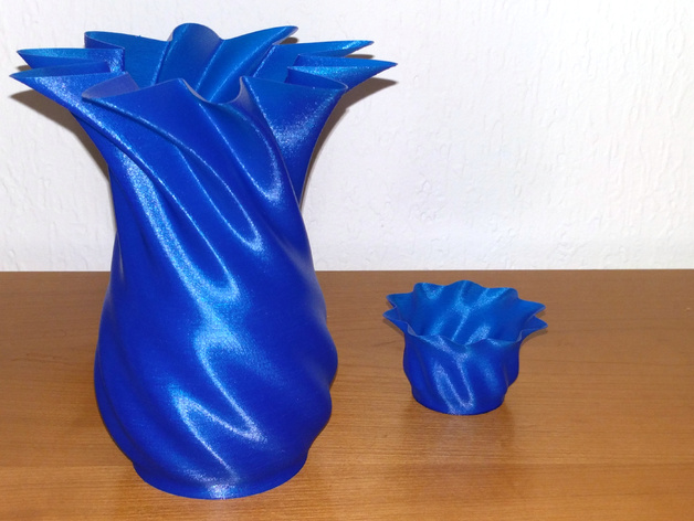 Spiral Vase With Small Cup By Rainerw Thingiverse