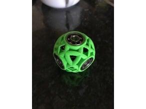 Lattice Ball Spinner