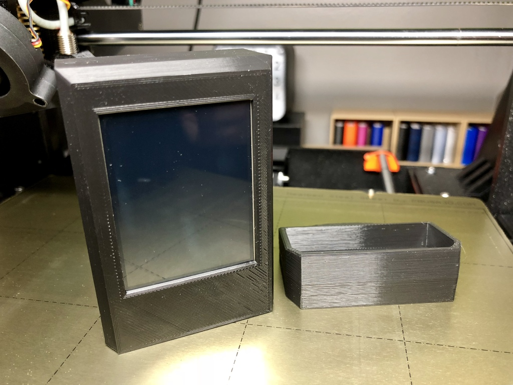 ThingPulse ESP8266 WiFi Color Display Kit Case with Stand by