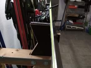 Ski vice tool (Ski preperation)
