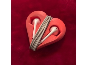 Earphone holder in heart