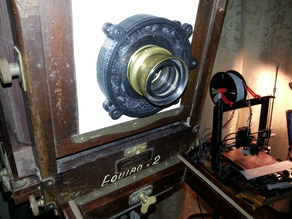Lightproof Mechanical Iris