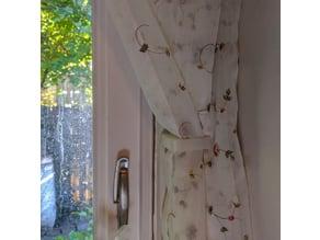 Curtain holders/ties
