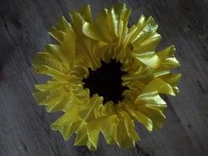 Fluid Flower Vase / Fluid Flower Pot