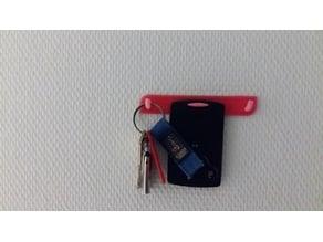 Accroche clés + carte Renault