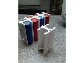Stackable 18650 battery holder
