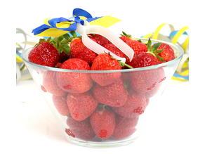 Strawberry Stem Remover- Midsommar Edition