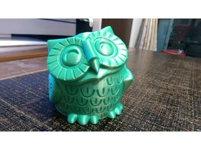 Smiling Owl Pot