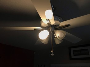 Ceiling fan enclosed light diffuser/cover