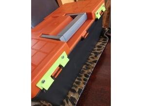 Toolbox semi hinge