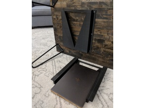 Coffee table laptop shelf