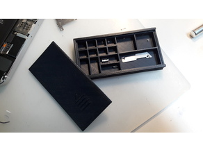 Little Screws box with slide cover