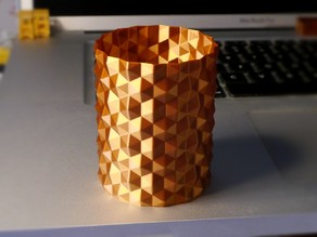Hex surface vase (spiral print)