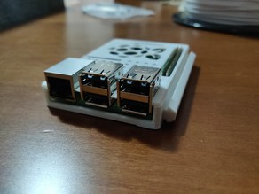 Raspberry pi 2/3 base with 2020 Slot