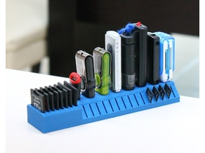 USB SD and MicroSD holder for wide USB sticks