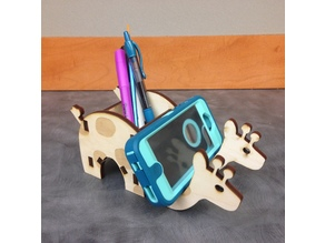 Laser Cut Giraffe Phone & Pen Holder