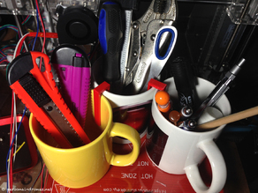 Mugs Unite Clip