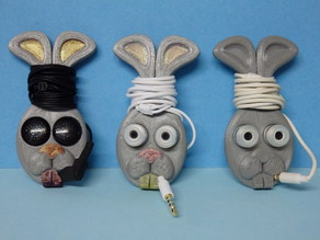 earbud holder - rabbit head / support oreillette tête de lapin