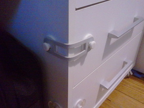 childproof drawers