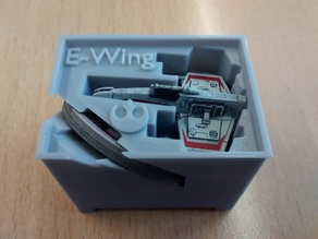 E-Wing Holder (X-Wing Miniatures) for Stanley organizer
