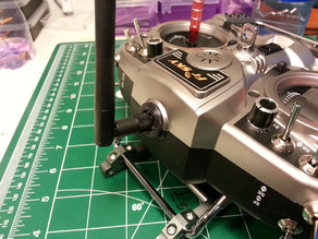 UPDATE 11 APRIL 2014 Frsky Taranis X9D Removable antenna adapter