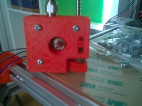 Adjustable bowden extruder push fit