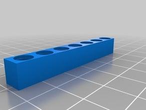 Lego seven-hole piece - perfect fit/Peça de Lego de 7 furos - encaixe perfeito /