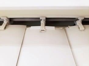 Vertical blinds slat fixer