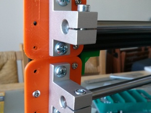 Linear rail support to OpenBeam mounting plate