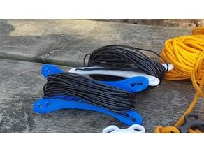 Lightweight antenna cable spooler