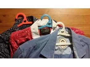 Small clothes hanger / Kleiderbügel
