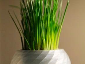Spheric polygonal vase