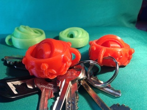 Gyroscopic keyring with Thingummies