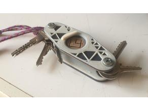 Keychain with BOTTLE OPENER. Customizable with 5.0 mm screws.