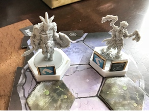 Gloomhaven Character Miniature and Conditions Holder