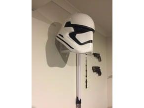 Wall helmet display