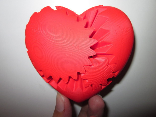 Screwless Heart Gears by emmett - Thingiverse