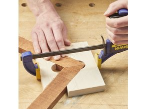 Simple Miter Joint Clamp (for picture frames)