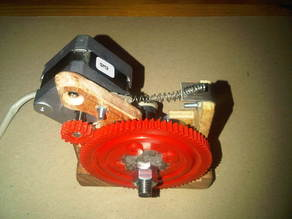 qharley's mostly wooden Greg's Hinged Accessible Wade's Extruder