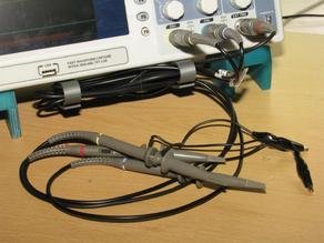 Oscilloscope cable tidy
