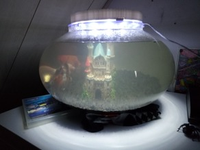 Fish bowl lamp w. 45 LED