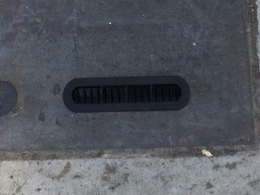 Yet another plate for manhole cover