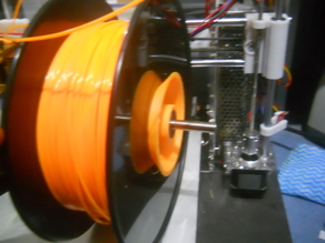 Adjustable threaded filament spool holder