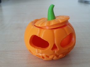 Makies Jack-O-Lantern with separate peduncle and snap-on lid