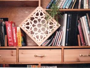Headboard/bookshelf/lattice