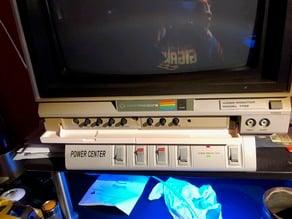 (Remix) Commodore 1702 monitor door